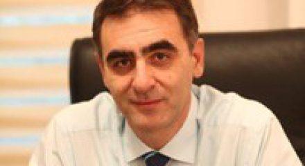 Ευάγγελος Μανουσάκης - Χειρουργος Οφθαλμίατρος